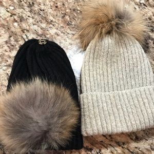 Accessories - Thick knit hat with removable mink pom-pom